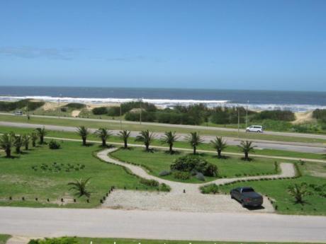 Apartamentos En Playa Brava: Ipd4214a