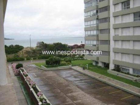 Apartamentos En Playa Mansa: Ipd4493a