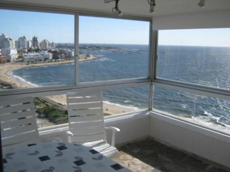 Apartamentos En Playa Mansa: Ipd5778a