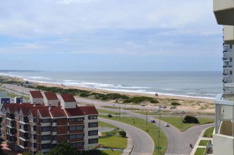 Apartamentos En Playa Brava: Ipd5900a
