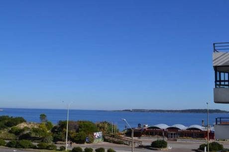 Apartamentos En Playa Mansa: Ipd6039a
