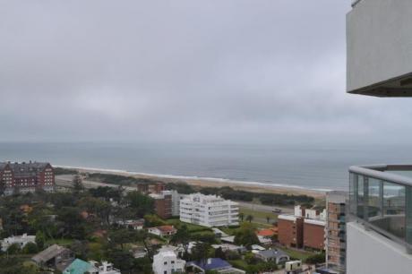 Apartamentos En Playa Brava: Ipd6235a