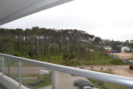 Apartamentos En Playa Brava: Ipd6236a