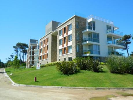 Apartamentos En Playa Brava: Ipd6645a