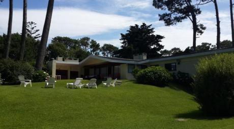 Casas En Playa Mansa: Ipd6907c