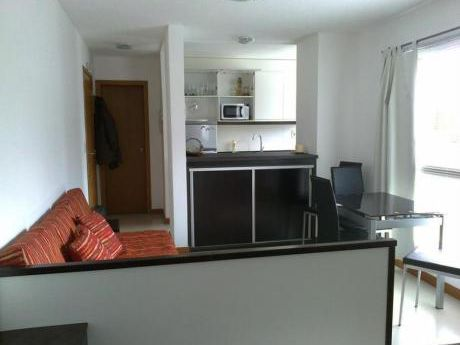 Apartamentos En Playa Brava: Ipd6924a
