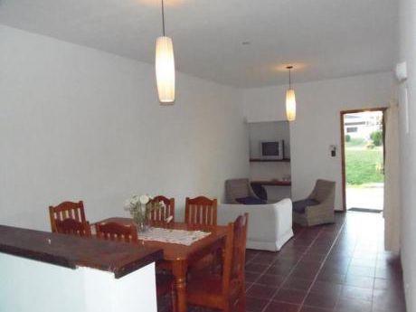 Casas En Playa Mansa: Ipd6943c