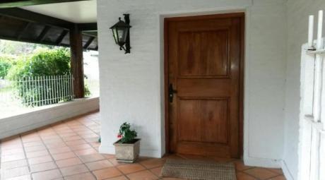 Casas En Playa Mansa: Ipd8049c