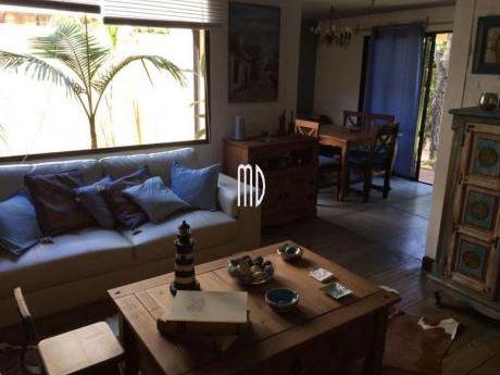 Preciosa Casa En La Barra, Para Disfrutar En Familia.