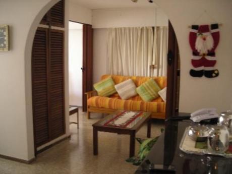 Apartamentos En Península: Lzp432a