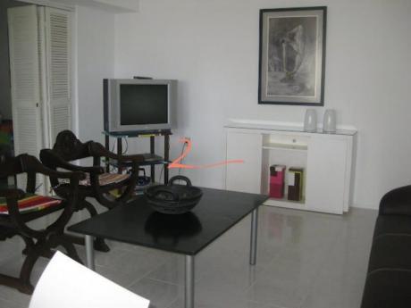 Apartamentos En Península: Lvn1470a