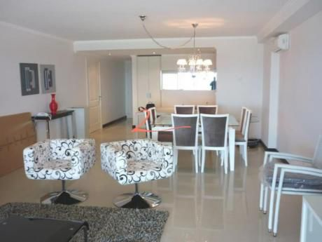 Apartamentos En Playa Brava: Lvn2131a