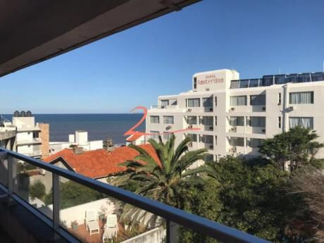 Apartamentos En Península: Lvn4387a