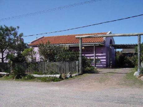 Casa En Jose Ignacio De 2 Dormitorios