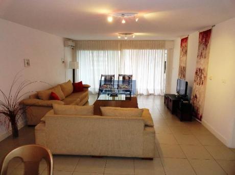 Apartamentos En Aidy Grill: Jar5218a