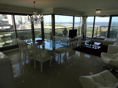 Apartamentos En Playa Brava: Jar5654a