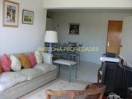 Apartamentos En Playa Brava: Iav4106a
