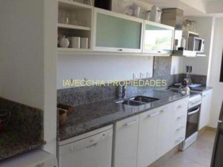 Apartamentos En Punta Ballena: Iav5077a