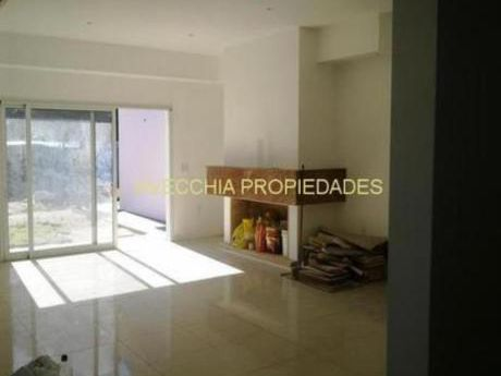 Casas En Pinares: Iav6106c