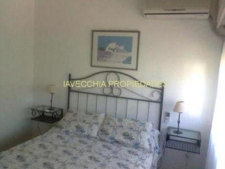 Apartamentos En Playa Mansa: Iav6145a