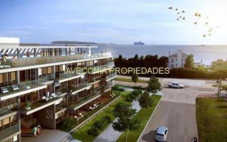 Apartamentos En Playa Mansa: Iav6330a