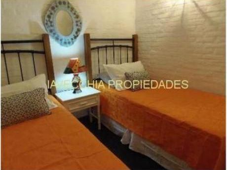 Casas En Playa Brava: Iav6405c