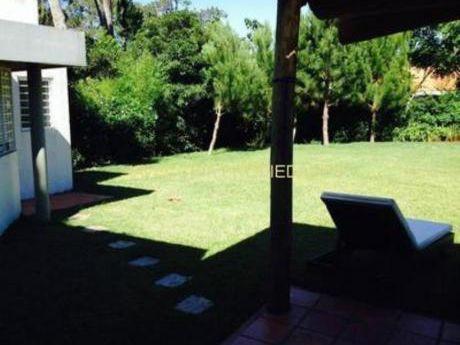 Casas En Pinares: Iav6757c