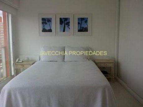 Apartamentos En Península: Iav7200a