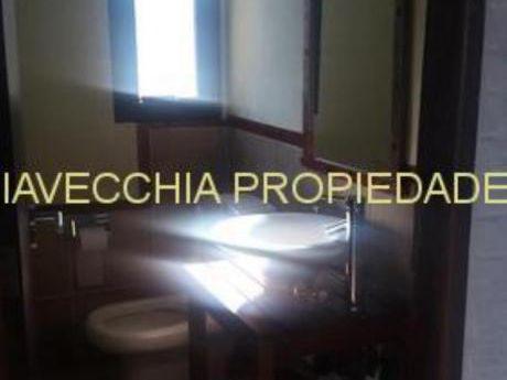 Casas En Punta Ballena: Iav7269c