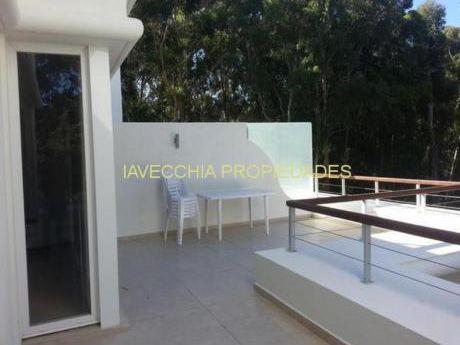Apartamentos En Solanas: Iav7304a