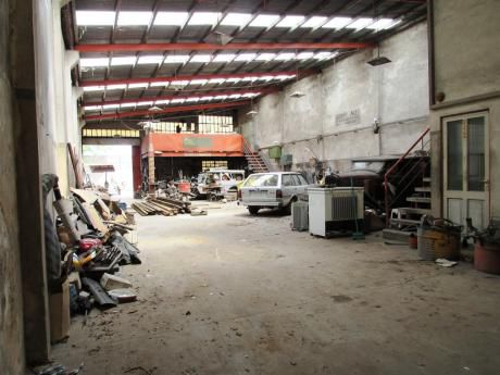 Alquile Local Depósito Galpón En Barrio Union