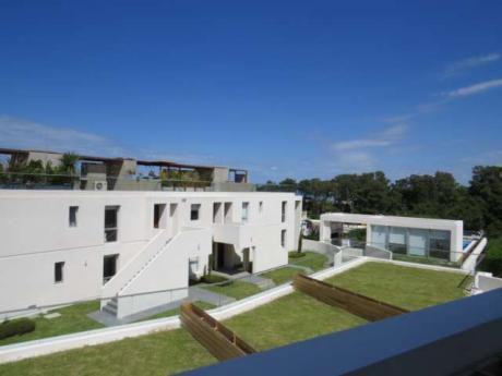 Venta de apartamentos en piri polis for Muebles en maldonado uruguay