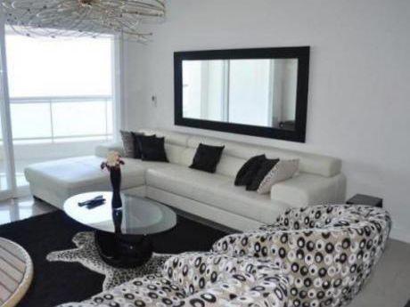 Apartamentos En Playa Mansa: Cte10904a