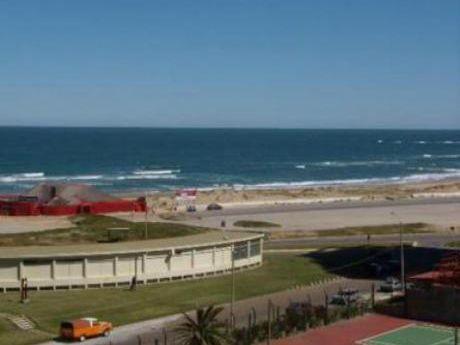 Apartamentos En Playa Brava: Cte2087a