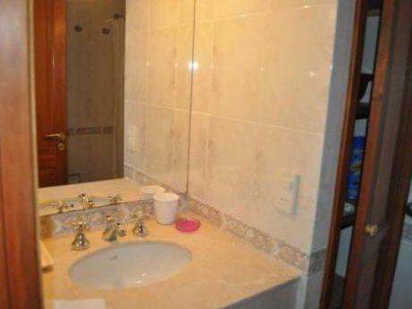 Apartamentos En Punta Ballena: Cte3705a