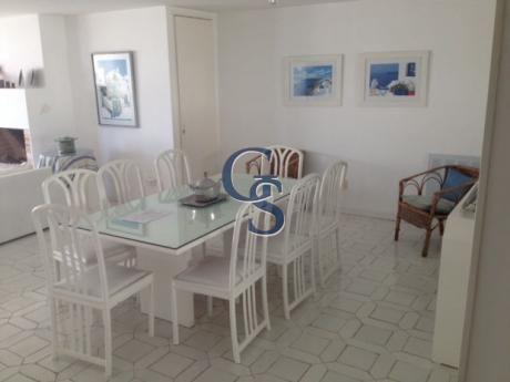 Peninsula, Punta Del Este, 4 Dormitorios.