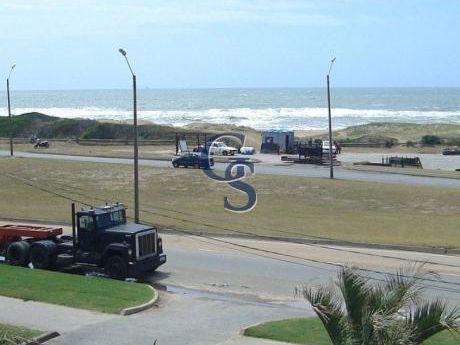 Apartamento En Le Parc I, Brava, Punta Del Este, 2 Dormitorios.