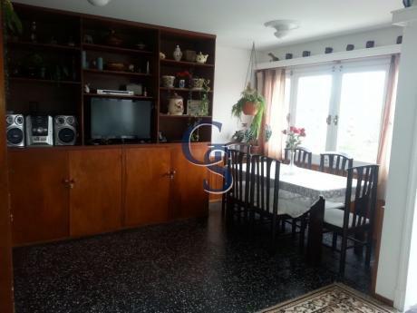 Apartamento En Malvinas, Aidy Grill, Punta Del Este, 2 Dormitorios.