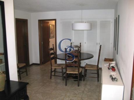 Apartamento En Goleta, Mansa, Punta Del Este, 3 Dormitorios.