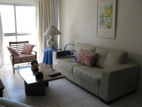 Apartamentos En Playa Brava: Gsm1056a