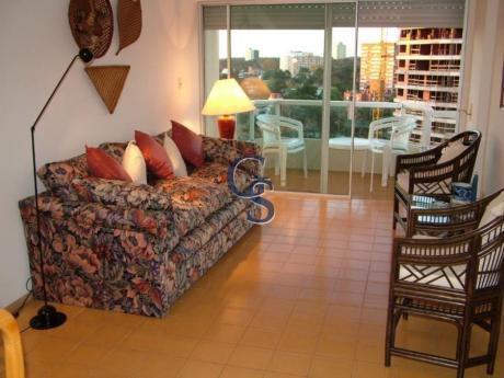 Apartamentos En Punta Del Este: Gsm291723a
