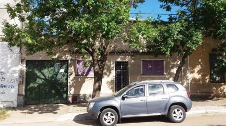 Cómoda Casa, Garaje Y Galpón