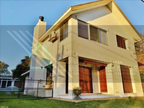 Casa En Zona De Residencias | Lugar Privilegiado! 2 Derambla