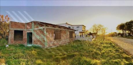 Casa En Colonia | Avanzada Etapa De Construcción