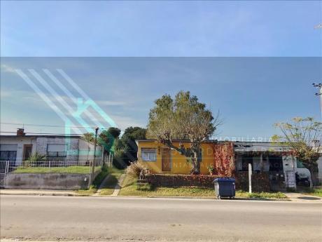 Casa En Luis A. De Herrera | Gran Potencial, Terreno Alto