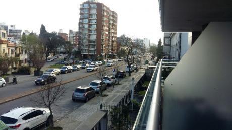 Excelente Apartamento 2 Dormitorios Sobre Bvar. España