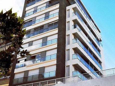 Apartamento A Estrenar  Zona De Punta Carretas Con Garaje