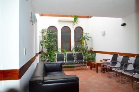 Casa Ideal Empresa , Consultorio O Casa De Familia