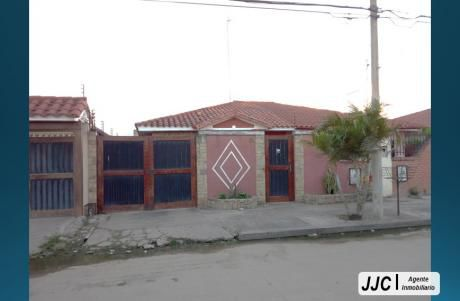Casa Por La Av. Santos Dumont Y Radial 13