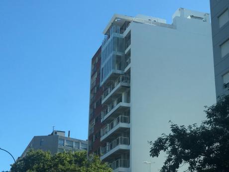 81016 - Apartamento De 1 Dormitorio En Venta En Parque Batlle